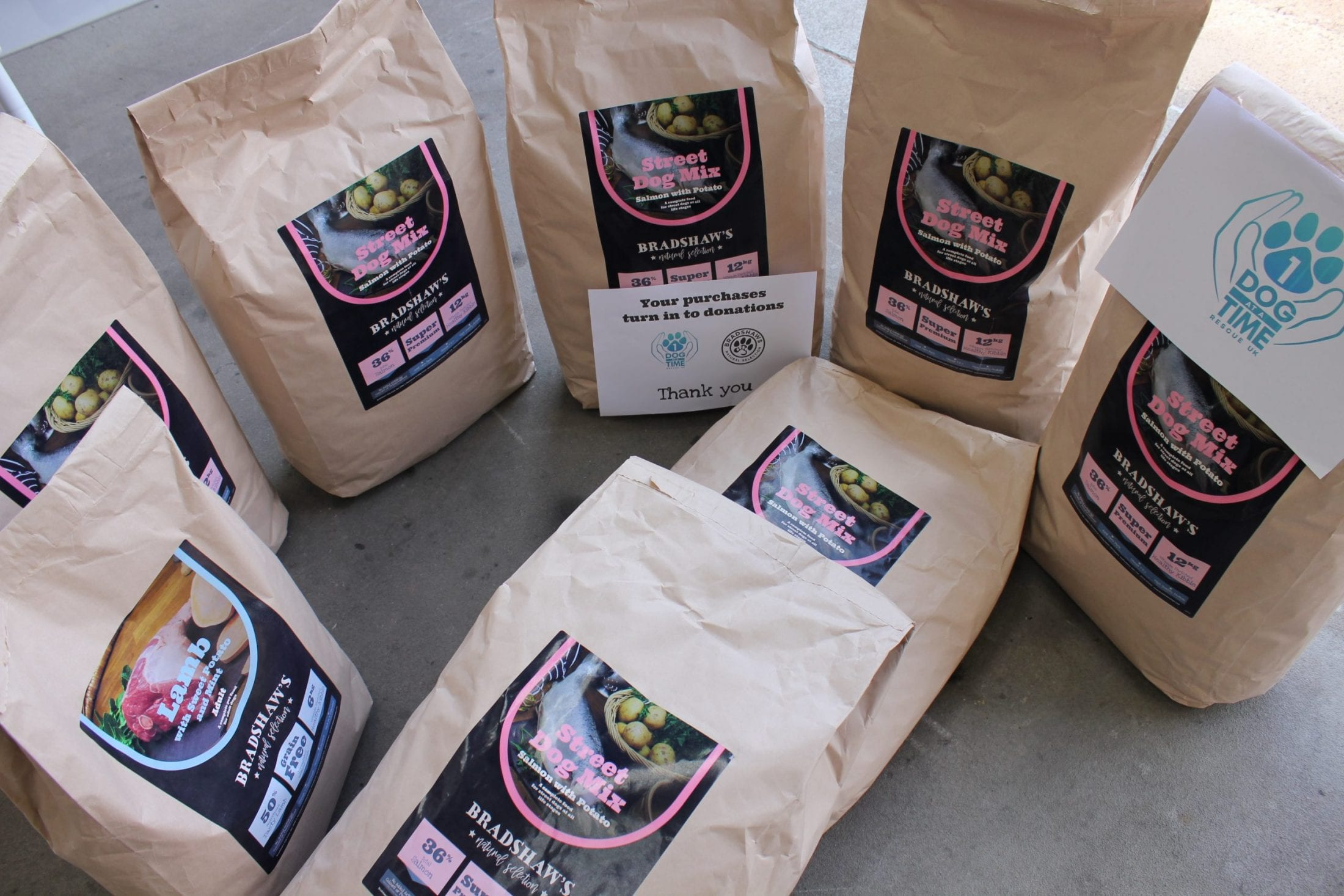 Bags of donated Bradshaws dog food   1 Dog At a Time Rescue UK   Dedicated To Rescuing and Rehoming Romanian Street Dogs